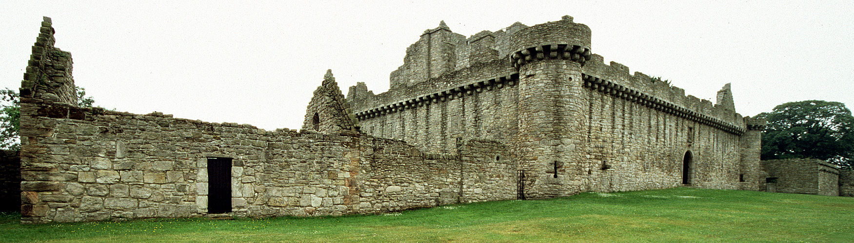 Photo panoramique du château de Craigmillar